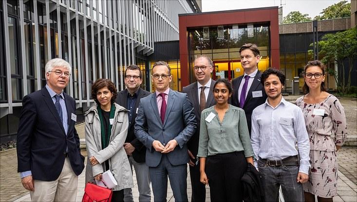 Heiko Maas visits climate researchers in Hamburg