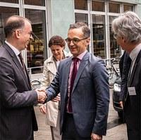 Heiko Maas meets climate researchers in Hamburg